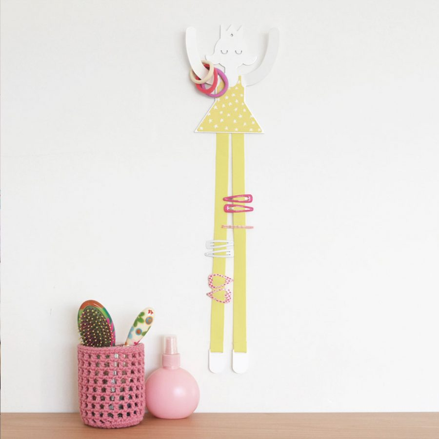 Hair accessorie princess decor on the wall color yellow - tresxics
