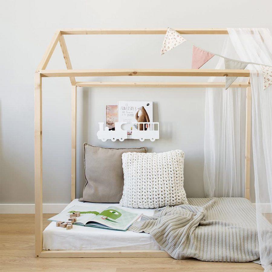 Train shelve white decor in the children's room - tresxics